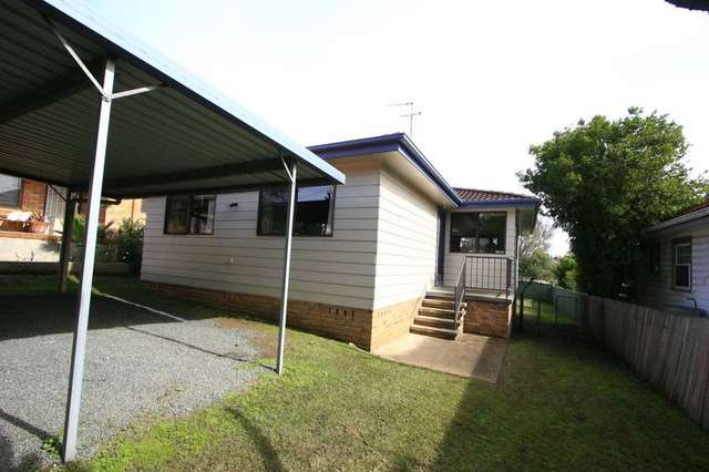 30 Fourth Ave, Rutherford NSW 2320