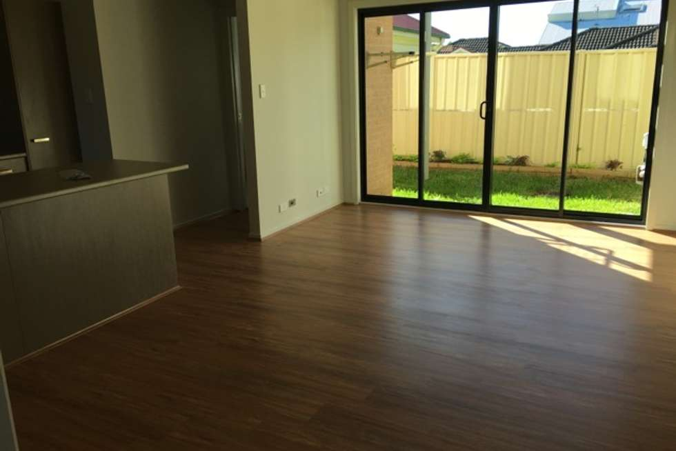 Third view of Homely townhouse listing, 3/285 Sandgate Road, Shortland NSW 2307