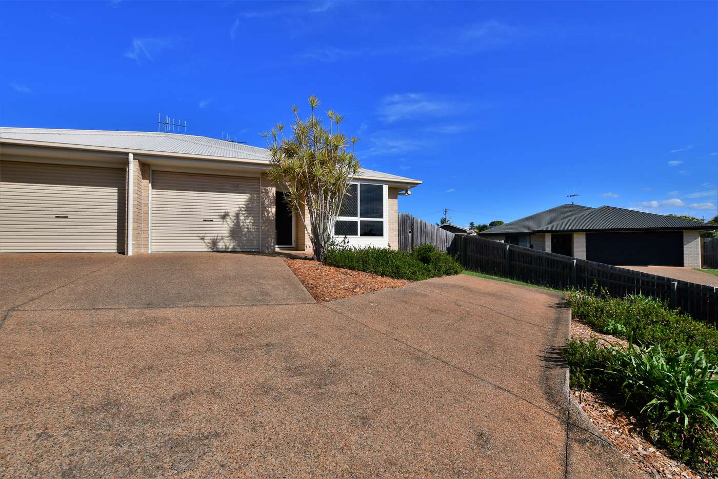 Main view of Homely unit listing, 2/2A Pinnacle Court, Avoca QLD 4670