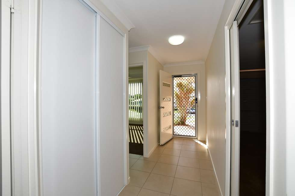 Second view of Homely unit listing, 2/2A Pinnacle Court, Avoca QLD 4670
