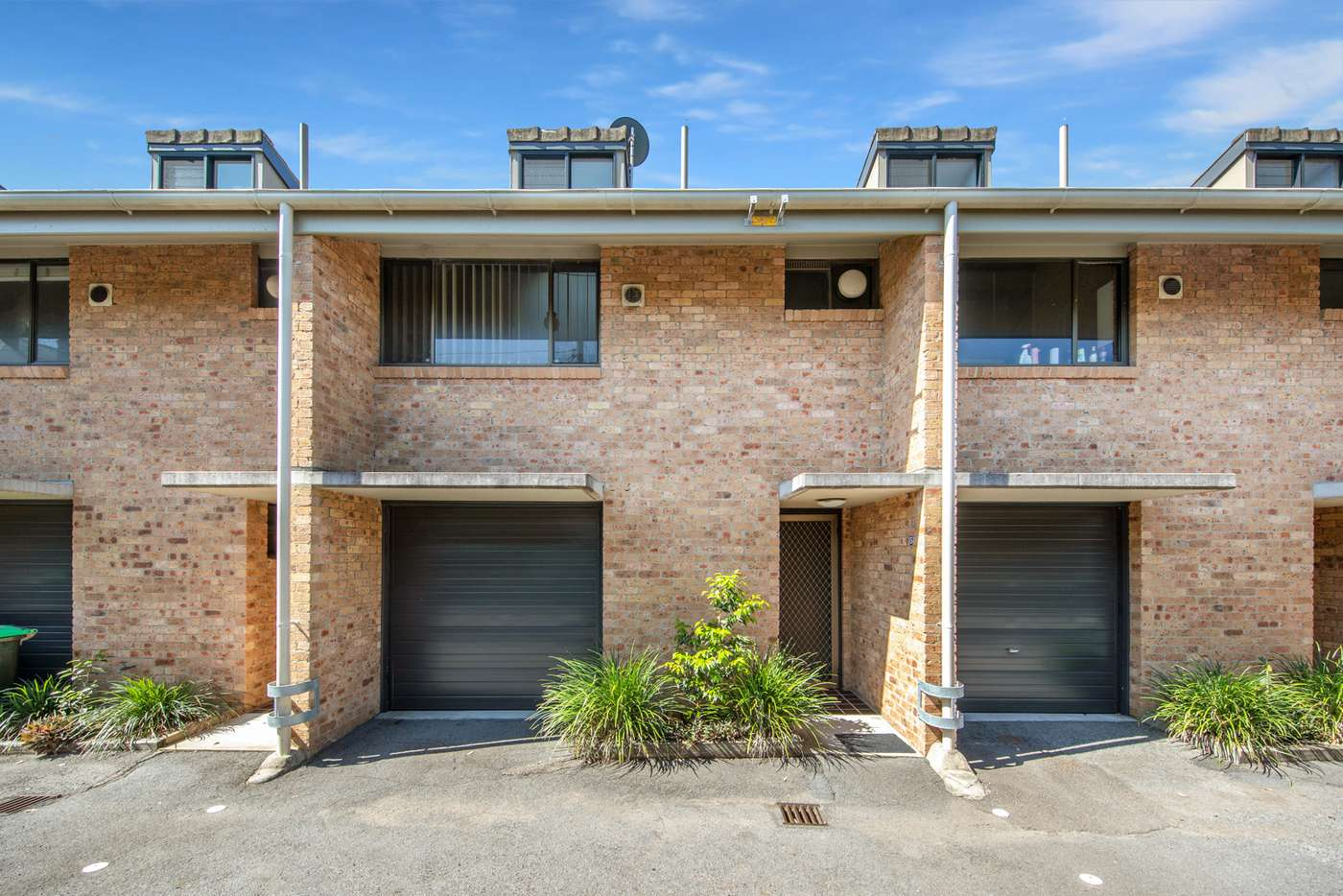 Main view of Homely unit listing, 5/27 Corlette Street, Cooks Hill NSW 2300