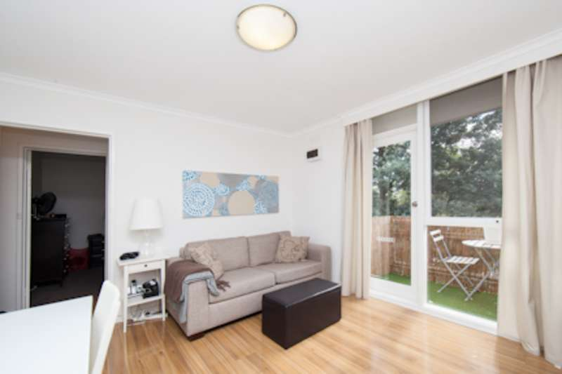 Main view of Homely apartment listing, 9/43 Royal Avenue, Glen Huntly, VIC 3163