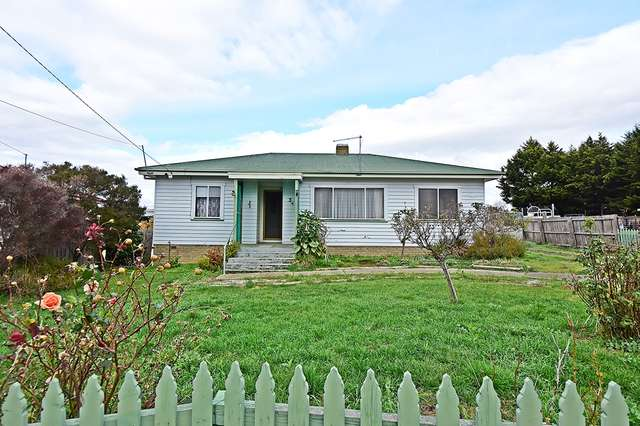 3 Mawson Place, Mayfield TAS 7248