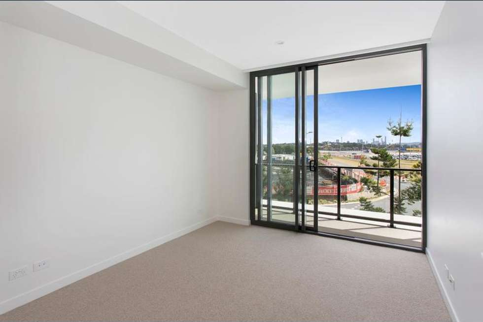 Fourth view of Homely apartment listing, 5305/331 MacArthur Avenue, Hamilton QLD 4007