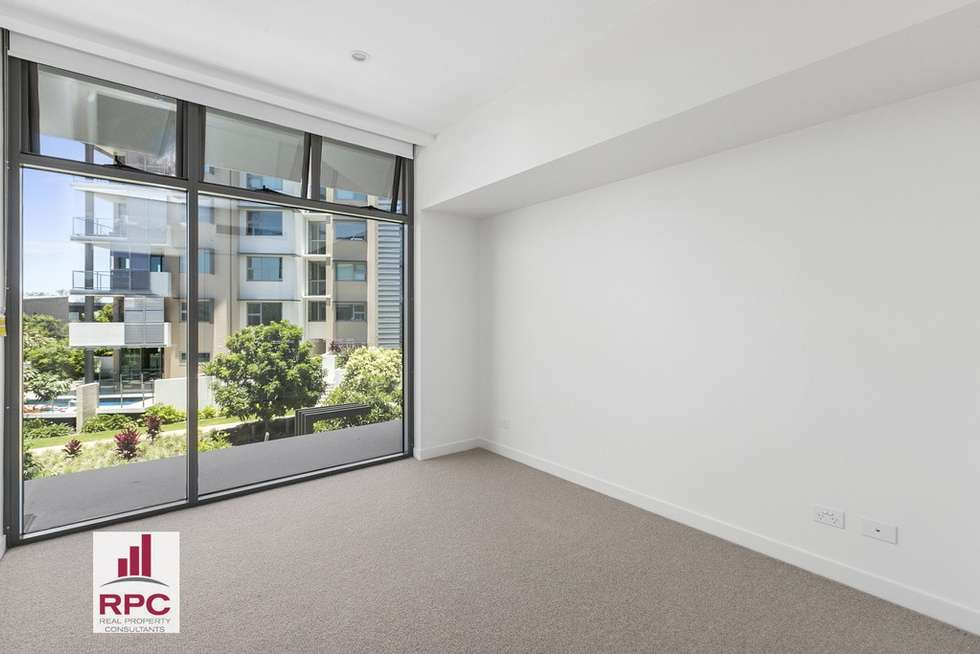 Third view of Homely apartment listing, 4205/18 Parkside Circuit, Hamilton QLD 4007