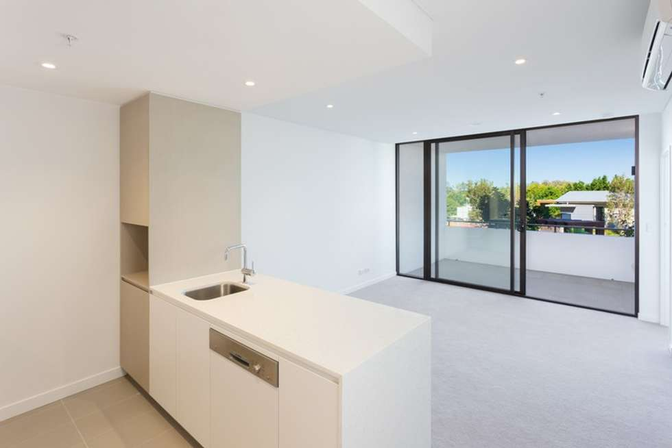 Second view of Homely apartment listing, 10411/320 Macarthur Avenue, Hamilton QLD 4007