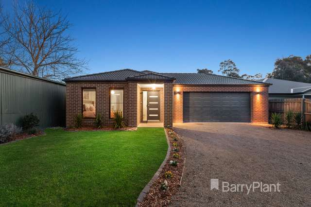1/11 Britton Road, Seville VIC 3139