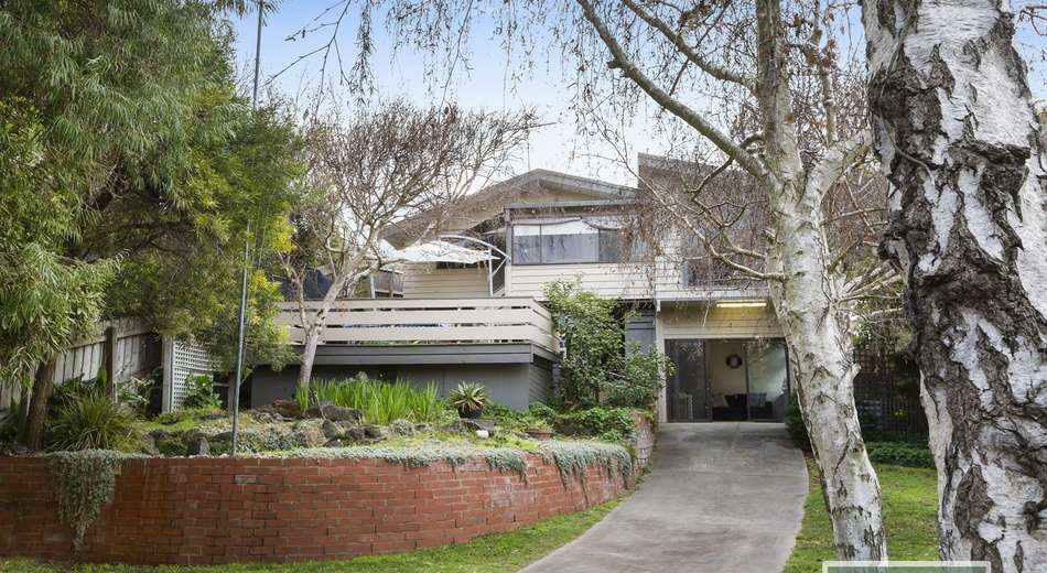 8 Ridley Street, Blairgowrie VIC 3942