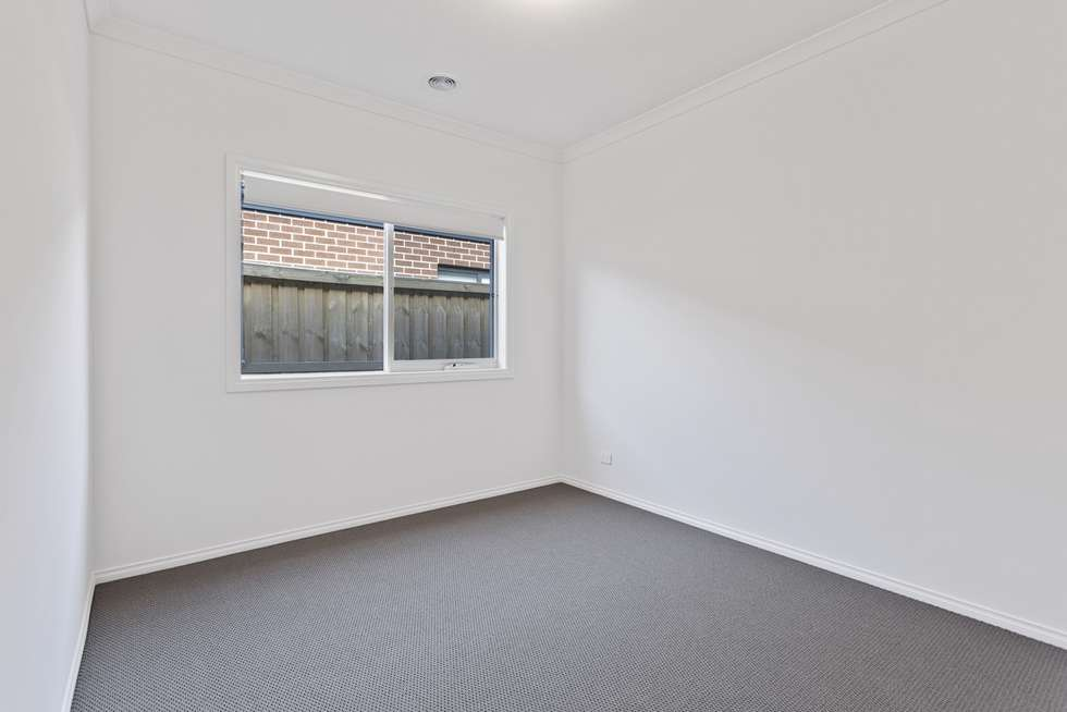 Fifth view of Homely house listing, 8 Gemma Street, Cranbourne East VIC 3977