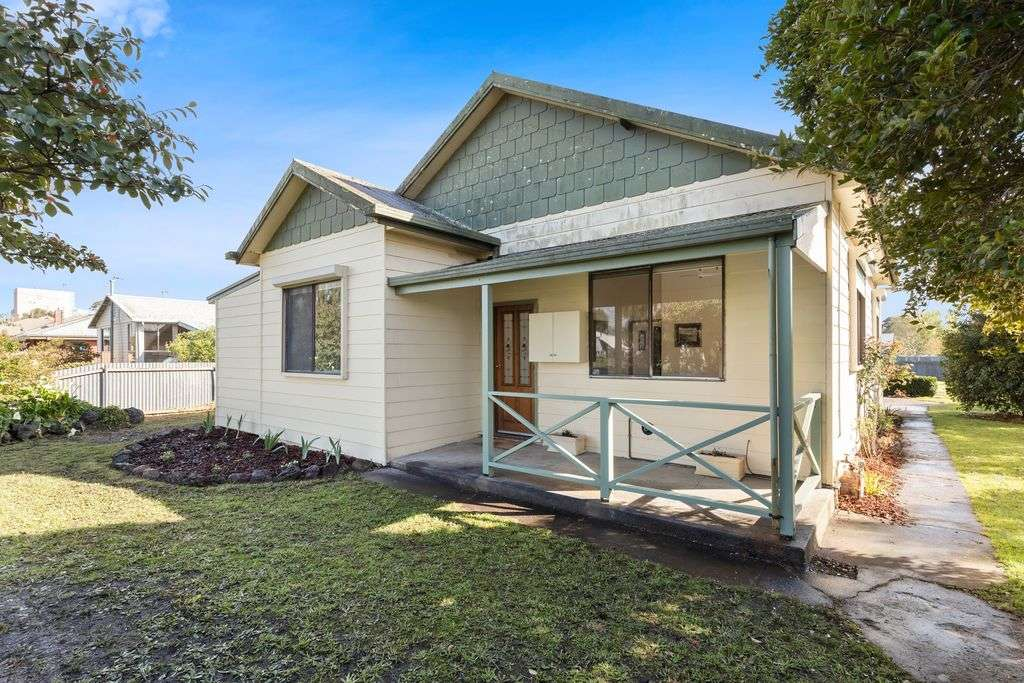 Main view of Homely house listing, 82 Parrott Street, Cobden, VIC 3266