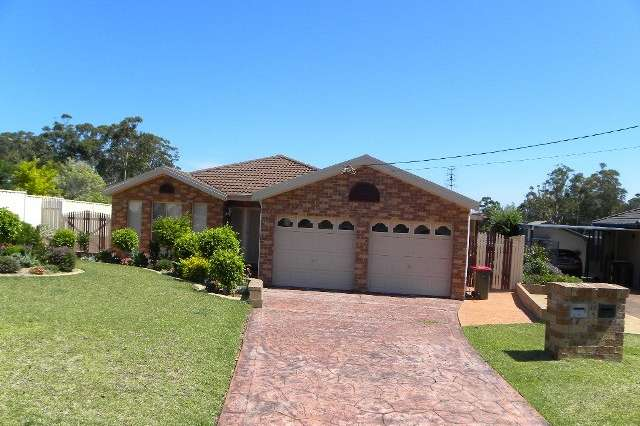 33 Inlet Avenue, Sussex Inlet NSW 2540
