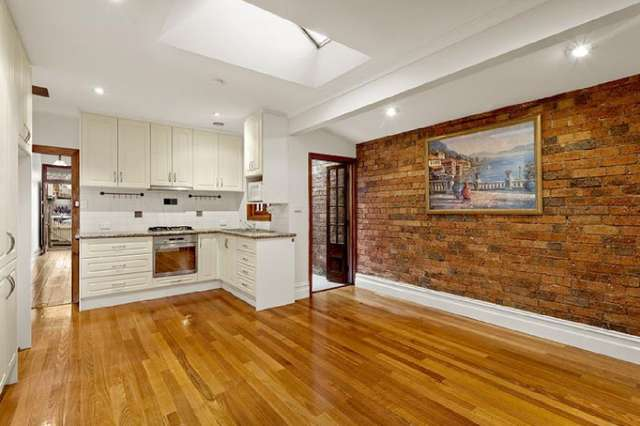 10 St Georges Road South, Fitzroy North VIC 3068