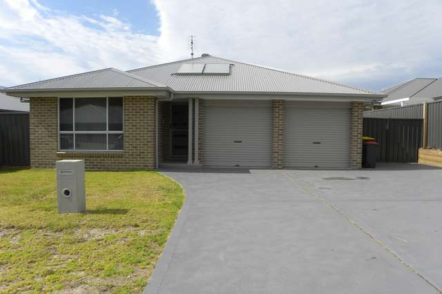 4 Peacehaven Way, Sussex Inlet NSW 2540
