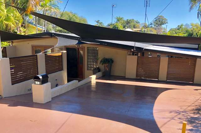 11 Kathleen Ave, Southport QLD 4215