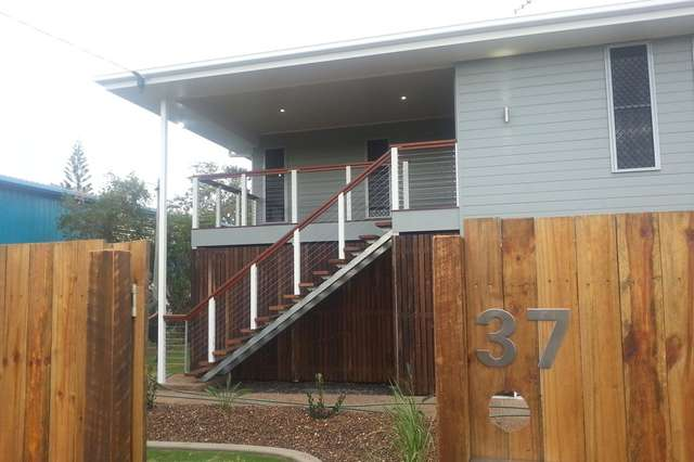 37 Aldridge Street, Burnett Heads QLD 4670