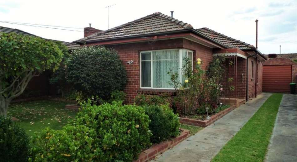 42 Westgate Street, Pascoe Vale South VIC 3044
