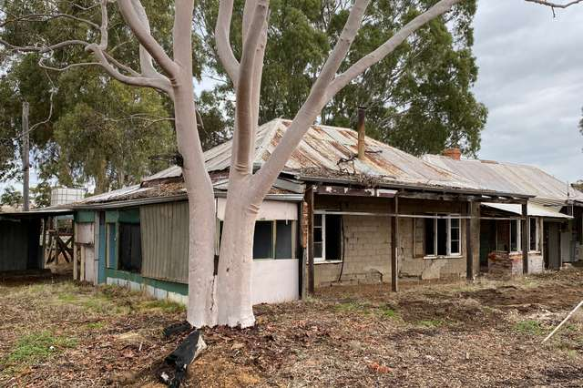 9042 Great Southern Highway, Beverley WA 6304