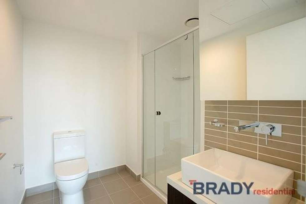 Third view of Homely apartment listing, 3301/8 Sutherland Street, Melbourne VIC 3000