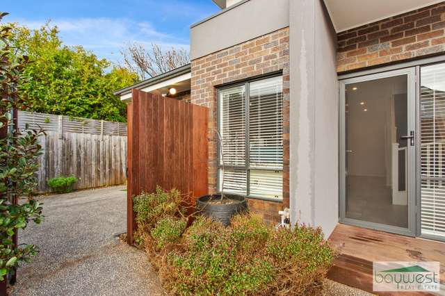 2/37 Douglas Street, Hastings VIC 3915