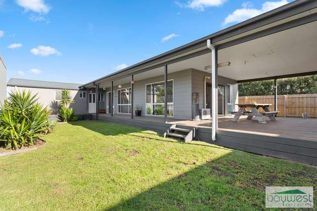 90 Creswell Street, Crib Point VIC 3919
