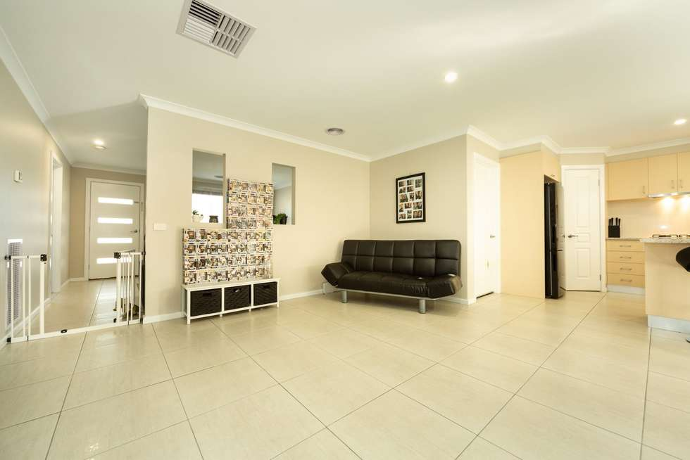Fourth view of Homely house listing, 4 Ellora Court, Lavington NSW 2641