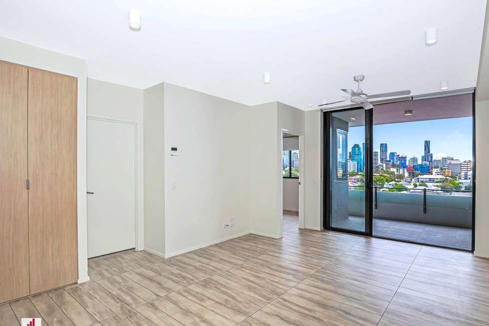 Third view of Homely apartment listing, 607/36 Anglesey Street, Kangaroo Point QLD 4169