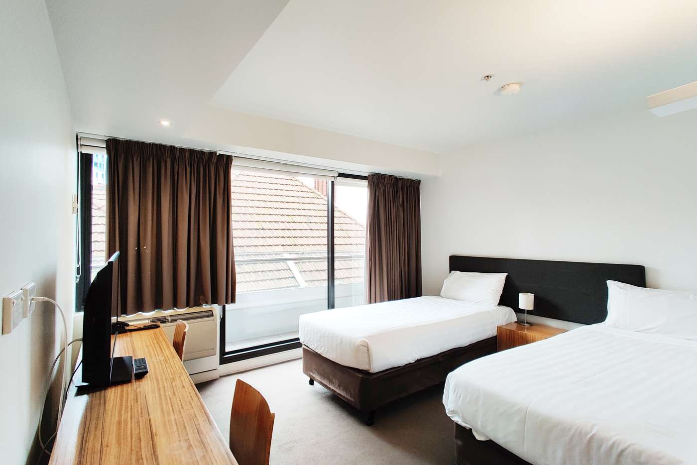 Main view of Homely apartment listing, 424/572 St Kilda Road, Melbourne VIC 3004