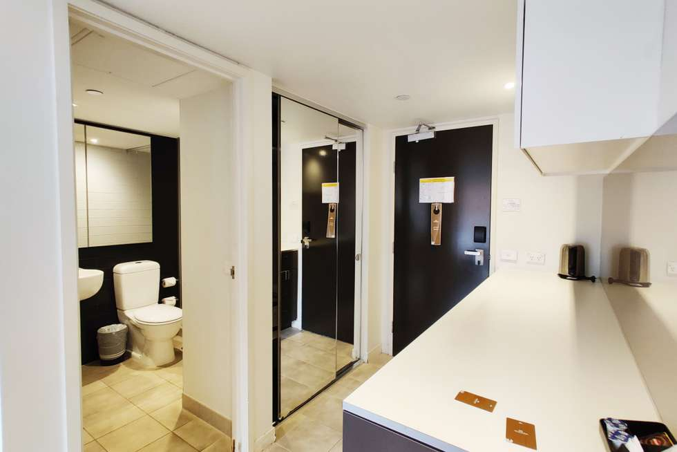 Fourth view of Homely apartment listing, 424/572 St Kilda Road, Melbourne VIC 3004