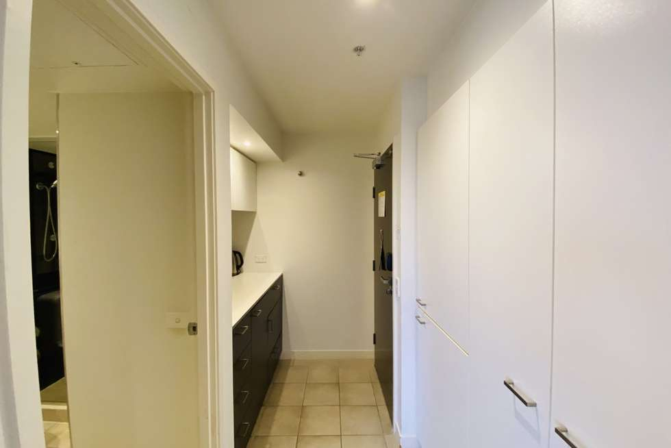 Fourth view of Homely studio listing, 927/572 St Kilda Road, Melbourne VIC 3004