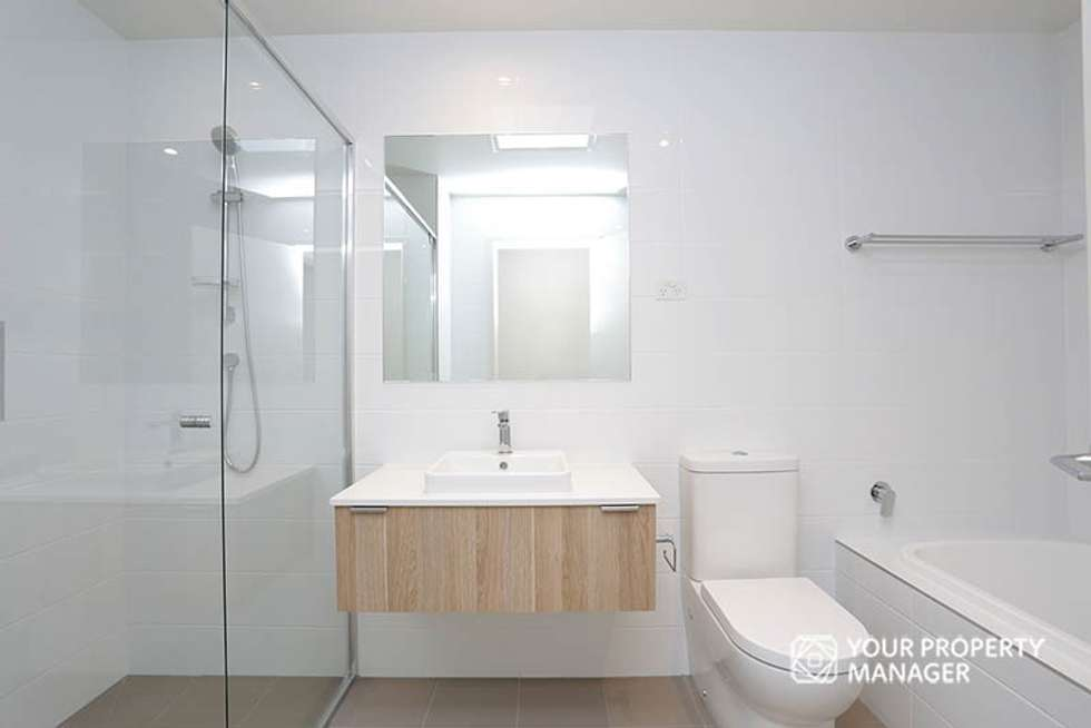 Fifth view of Homely townhouse listing, 12 Abbington Avenue, Cheltenham VIC 3192