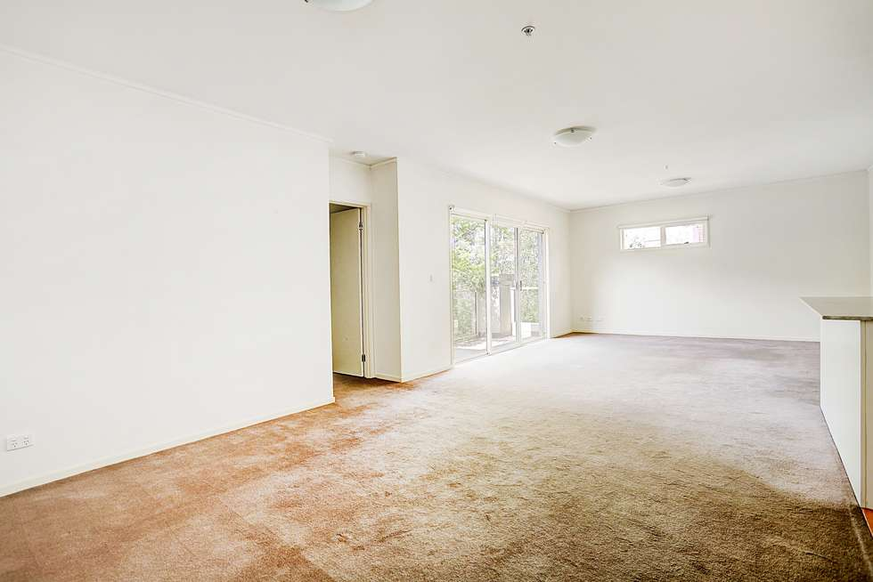 Fourth view of Homely apartment listing, 17/327 Dandenong Road, Prahran VIC 3181