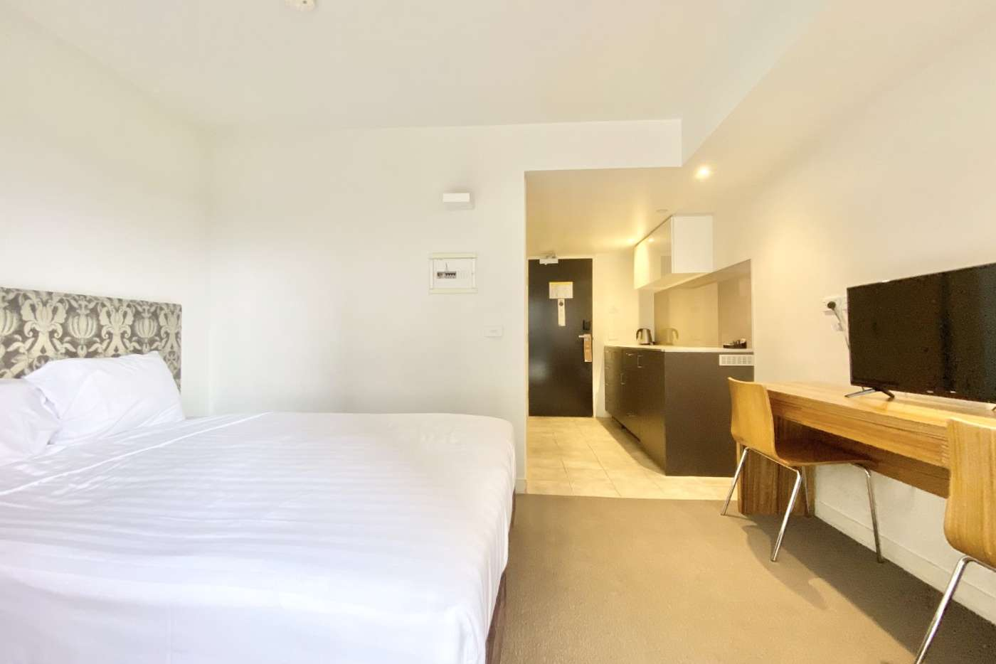 Sixth view of Homely studio listing, 432/572 St Kilda Road, Melbourne VIC 3004