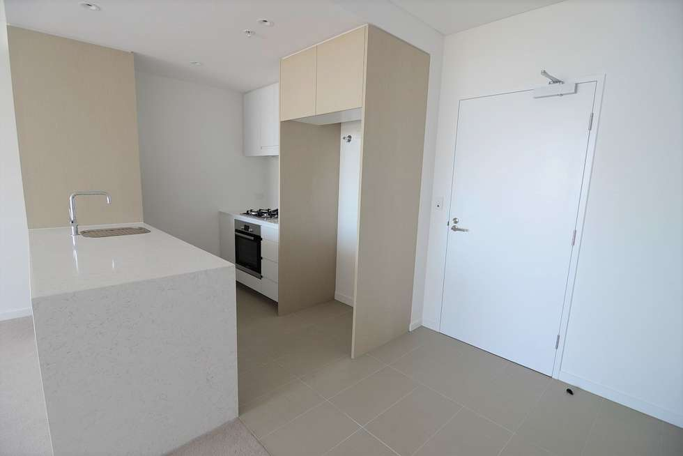 Second view of Homely apartment listing, 10615/320 MacArthur Ave, Hamilton QLD 4007