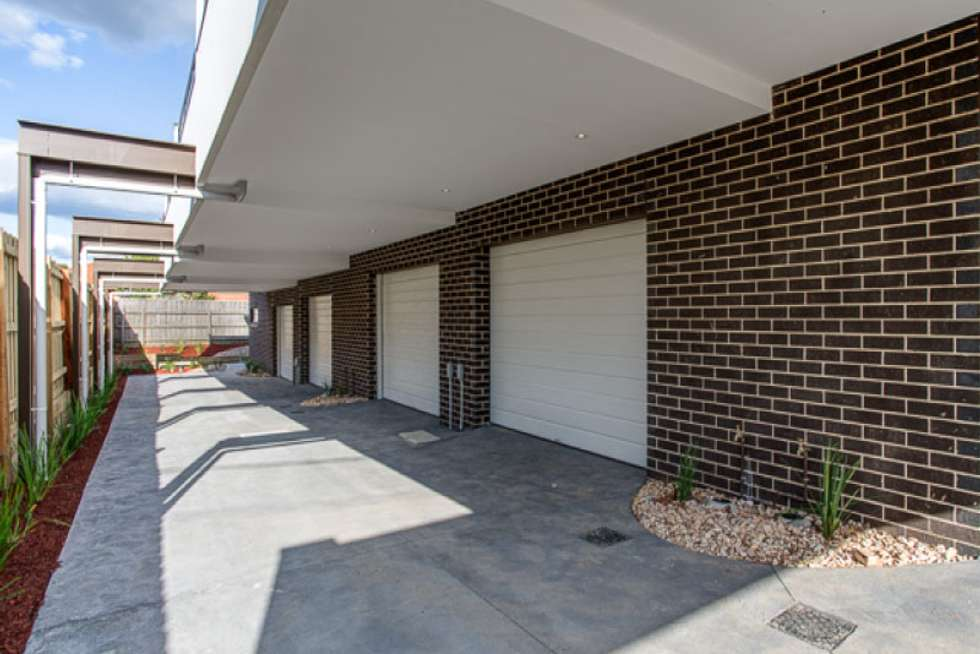 Fifth view of Homely townhouse listing, 1/584 Plenty Road, Preston VIC 3072