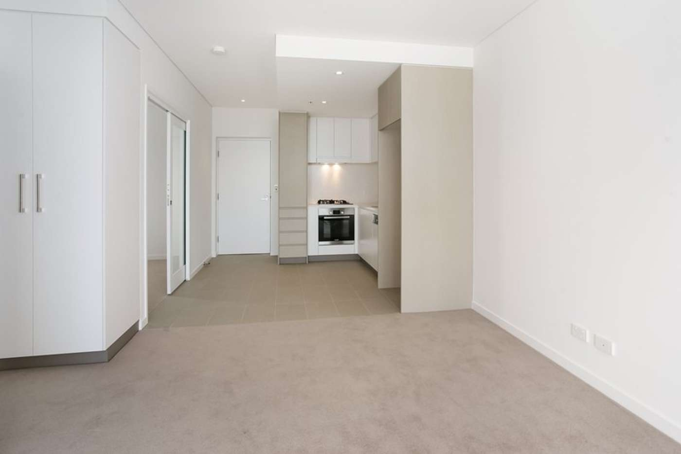 Main view of Homely apartment listing, 10216/320 MacArthur Ave, Hamilton QLD 4007