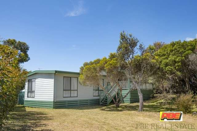 1 WOORAK AVENUE, Venus Bay VIC 3956