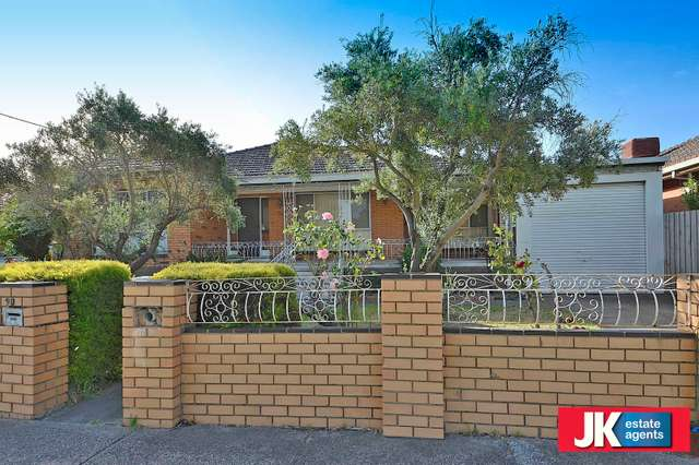 90 North Road, Avondale Heights VIC 3034