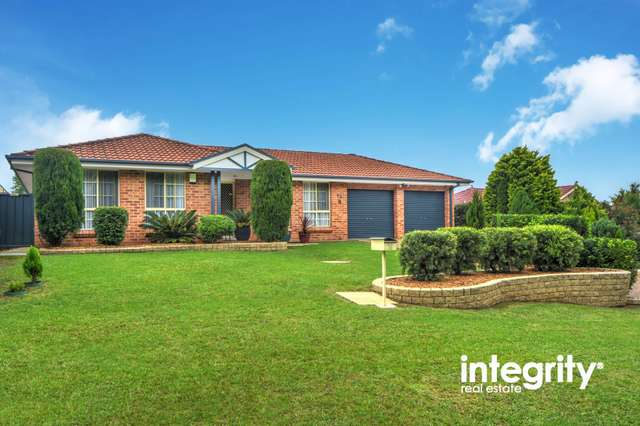 52 Yeovil Drive, Bomaderry NSW 2541