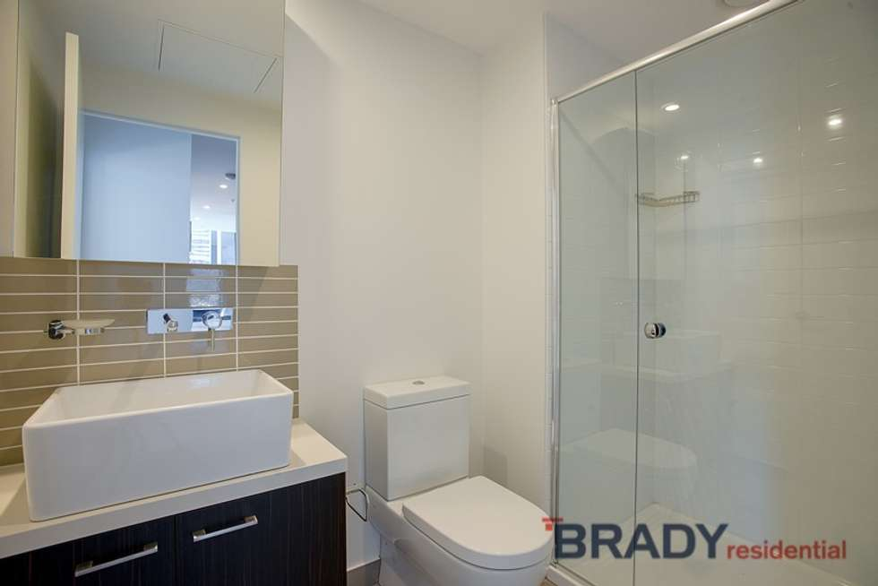 Fifth view of Homely apartment listing, 2807/8 Sutherland Street, Melbourne VIC 3000
