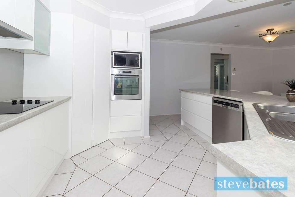 Second view of Homely house listing, 2 Harriet Close, Raymond Terrace NSW 2324
