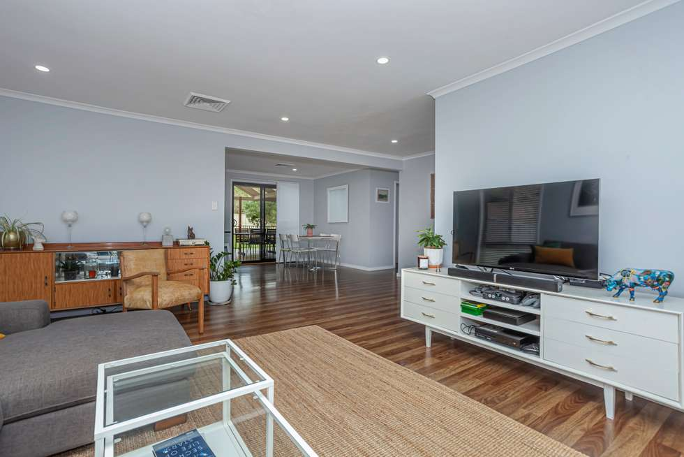 Third view of Homely house listing, 2 Henderson Close, Raymond Terrace NSW 2324