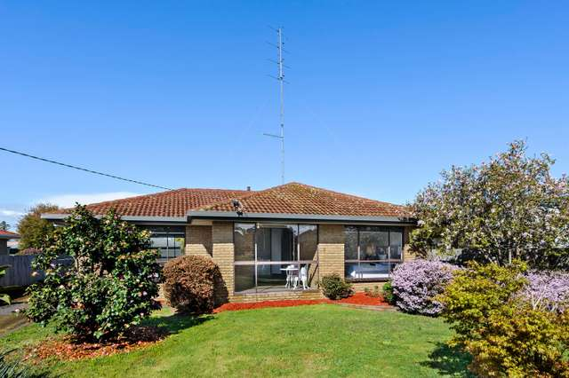 8 Ross Street, Colac VIC 3250