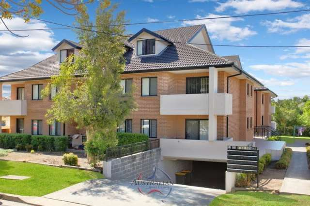 9/21-23 Hinkler Avenue, Warwick Farm NSW 2170
