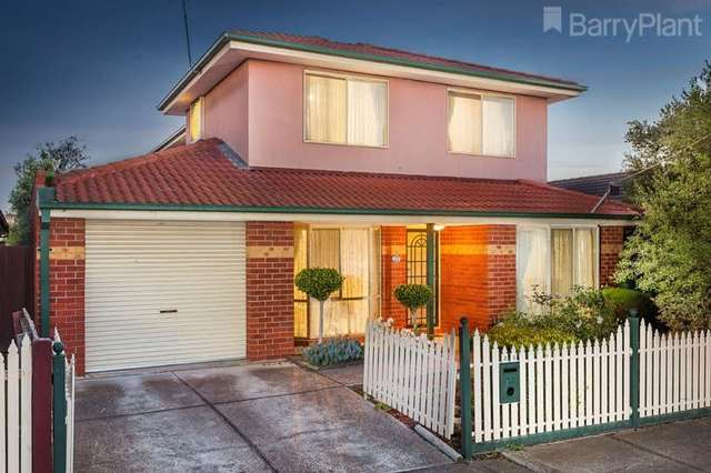 27 Newham Way, Altona Meadows VIC 3028