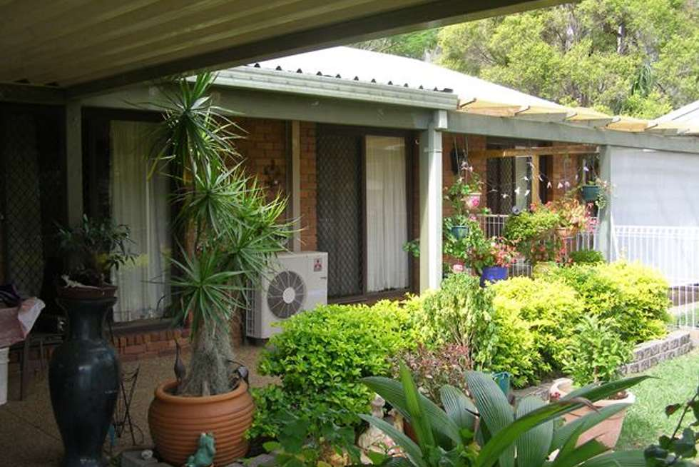 Second view of Homely house listing, 8 Sheoak Place, Cedar Grove QLD 4285