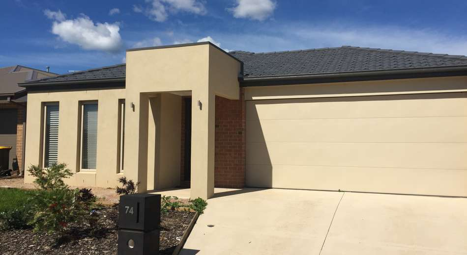 74 Seagrass Crescent