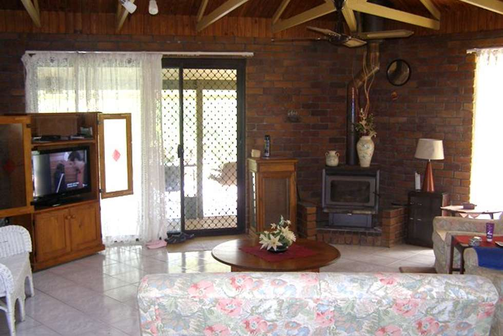 Fifth view of Homely house listing, 8 Sheoak Place, Cedar Grove QLD 4285
