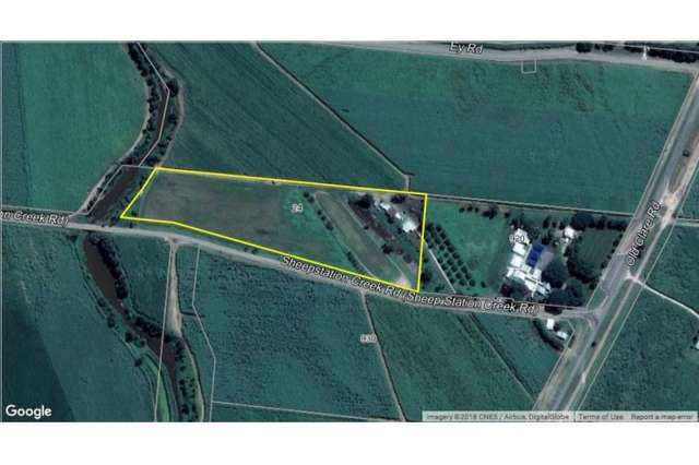 24 Sheepstation Creek  Road, Airville QLD 4807