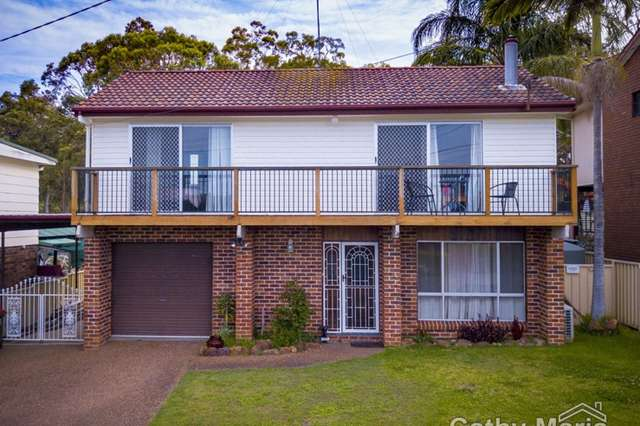 65 Yeramba Road, Summerland Point NSW 2259