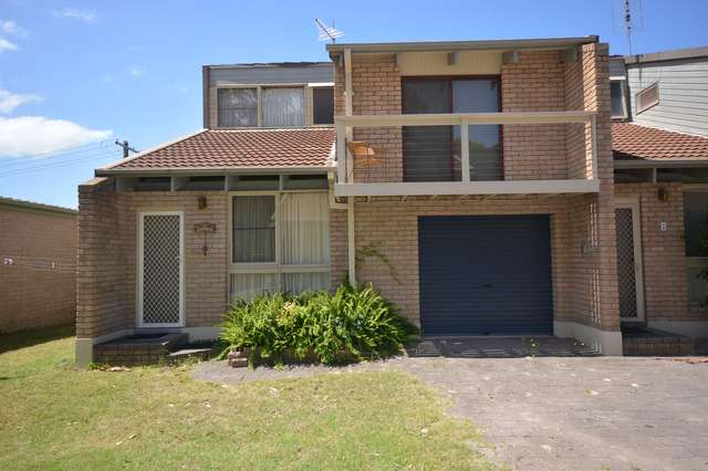 Unit 1 Trevally Court, Broulee NSW 2537